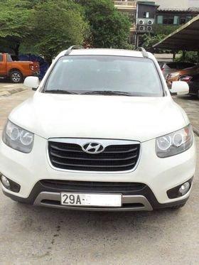 Gia đình cần bán xe Hyundai Santafe trắng, đời 2011, đẹp không tì vết0