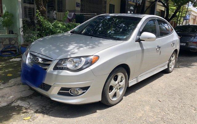 Cần bán gấp Hyundai Avante đời 2014, màu xám còn mới, 360 triệu2