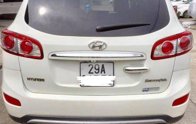 Gia đình cần bán xe Hyundai Santafe trắng, đời 2011, đẹp không tì vết2