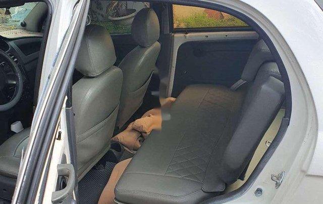 Cần bán gấp Chevrolet Spark năm 2010, màu trắng, nhập khẩu, 95tr2