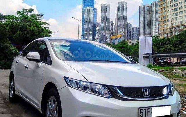 Cần bán xe Honda Civic 1.8 AT đời 2015, màu trắng, nhập khẩu nguyên chiếc  0