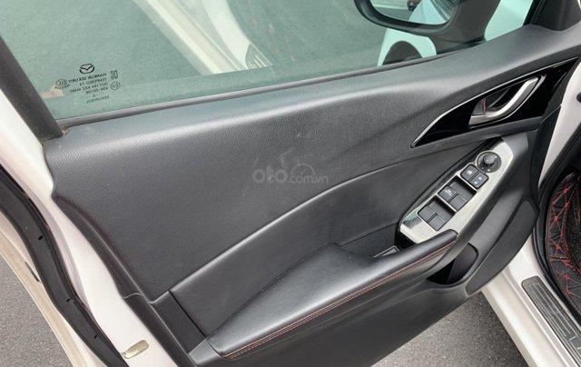 Cần bán Mazda 3 đời 2017, giá tốt, xe một đời chủ duy nhất, màu trắng còn mới8