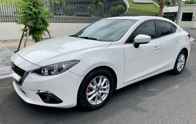 Cần bán Mazda 3 đời 2017, giá tốt, xe một đời chủ duy nhất, màu trắng còn mới3