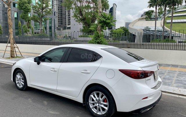 Cần bán Mazda 3 đời 2017, giá tốt, xe một đời chủ duy nhất, màu trắng còn mới1