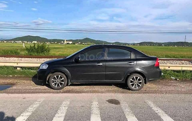 Bán ô tô Daewoo Gentra năm sản xuất 2009, màu đen còn mới0