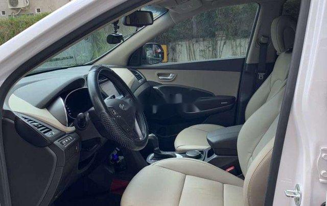 Bán ô tô Hyundai Santa Fe năm sản xuất 2017, màu trắng 1