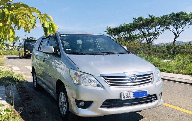 Bán Toyota Innova sản xuất 2012 còn mới2