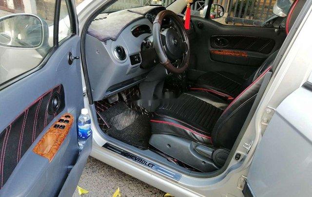 Bán Chevrolet Spark đời 2009, màu bạc, số tự động, giá tốt11