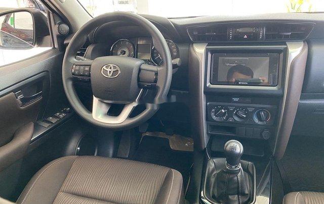 Bán ô tô Toyota Fortuner đời 2020, màu đen, mới hoàn toàn3