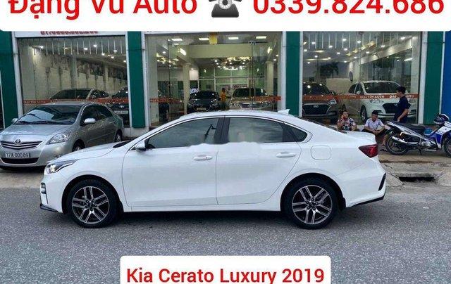 Cần bán Kia Cerato đời 2019, màu trắng, xe lướt1