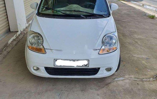 Cần bán gấp Chevrolet Spark năm 2010, màu trắng, nhập khẩu, 95tr5