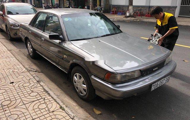 Bán Toyota Camry đời 1987, màu xám, nhập khẩu, chạy rất êm0