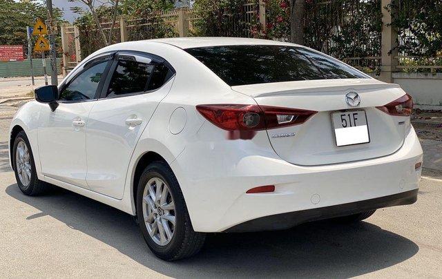Cần bán Mazda 3 đời 2016, màu trắng, giá chỉ 495 triệu4