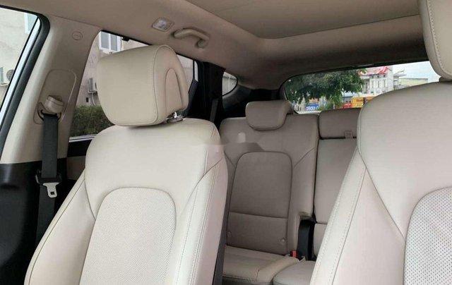 Bán ô tô Hyundai Santa Fe năm sản xuất 2017, màu trắng 3