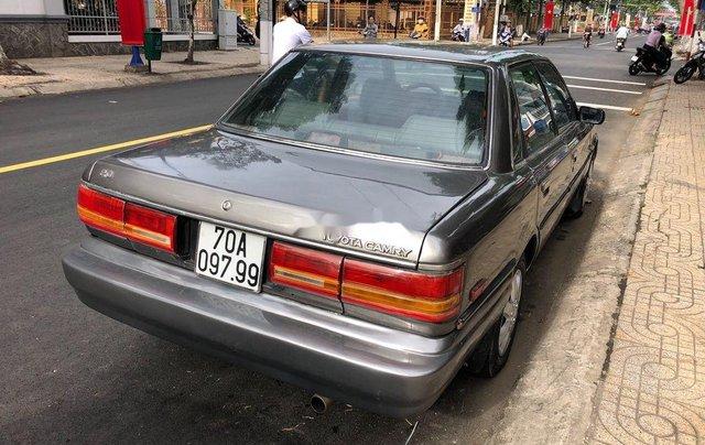Bán Toyota Camry đời 1987, màu xám, nhập khẩu, chạy rất êm3