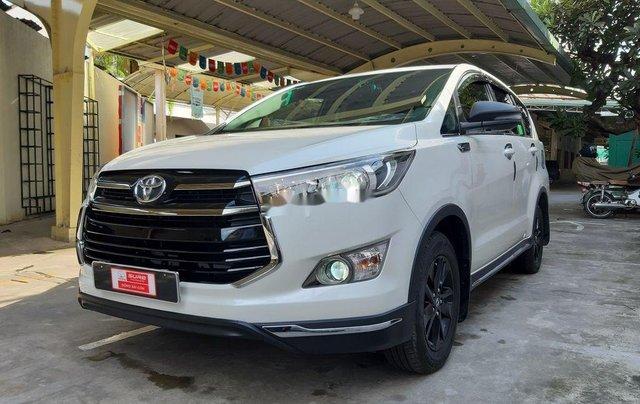 Bán xe Toyota Innova sản xuất năm 2019 còn mới1