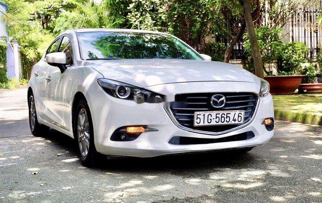 Bán xe Mazda 3 2018, màu trắng, biển Sài Gòn1