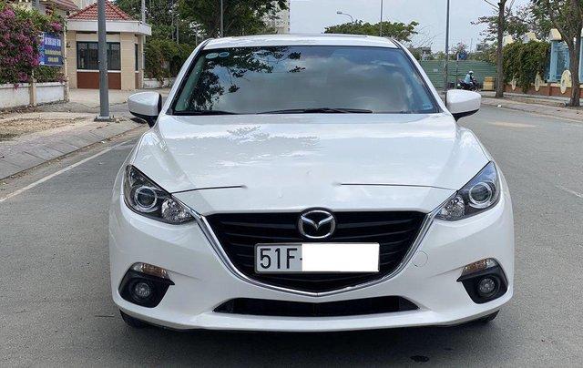Cần bán Mazda 3 đời 2016, màu trắng, giá chỉ 495 triệu0