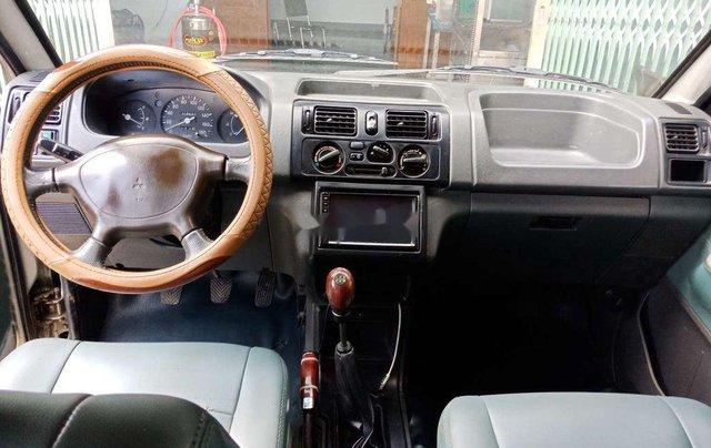 Cần bán gấp Mitsubishi Jolie năm 2003, xe nhập, số sàn9