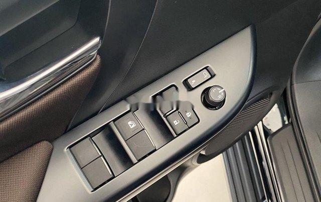 Bán ô tô Toyota Fortuner đời 2020, màu đen, mới hoàn toàn5