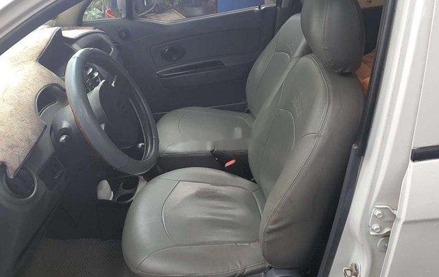 Cần bán gấp Chevrolet Spark năm 2010, màu trắng, nhập khẩu, 95tr4