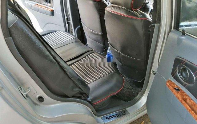 Bán Chevrolet Spark đời 2009, màu bạc, số tự động, giá tốt8