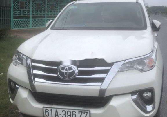 Cần bán lại xe Toyota Fortuner đời 2017, màu trắng, xe nhập3