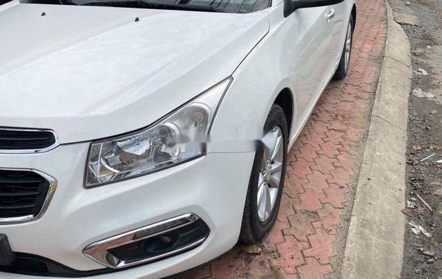 Bán ô tô Chevrolet Cruze 2015, màu trắng, số sàn2