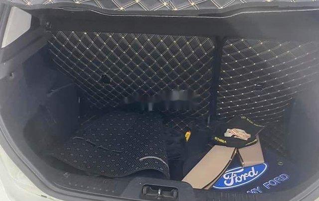 Bán xe Ford Fiesta sản xuất 2014, chính chủ, giá 345tr6