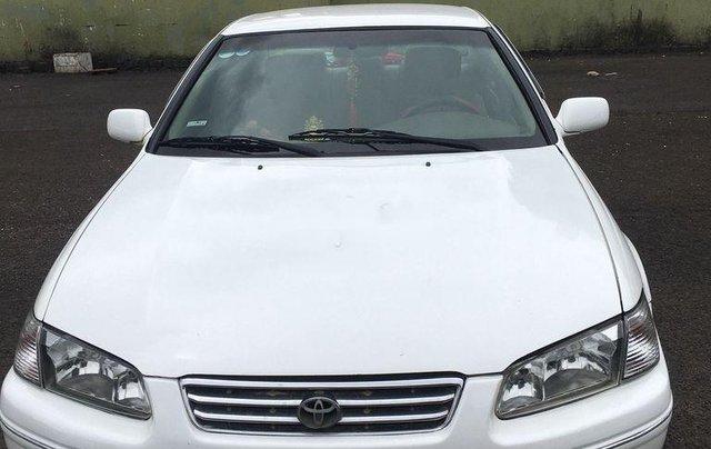 Bán ô tô Toyota Camry đời 1998, màu trắng, nhập khẩu0
