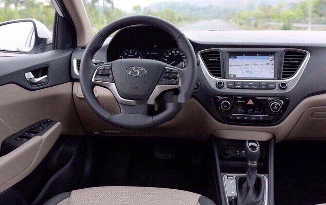 Cần bán xe Hyundai Accent năm sản xuất 2020 giá cạnh tranh9