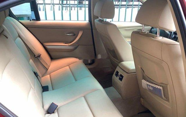 Chính chủ bán xe BMW 3 Series 320i năm sản xuất 2011, màu đỏ6