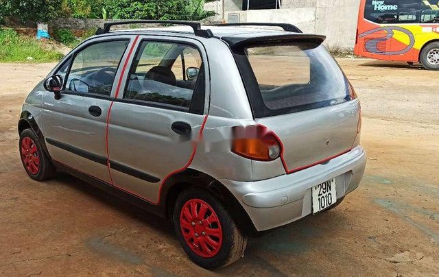 Cần bán xe Daewoo Matiz SE 2001, màu bạc4