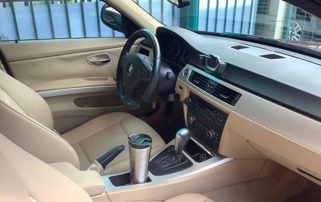 Chính chủ bán xe BMW 3 Series 320i năm sản xuất 2011, màu đỏ1