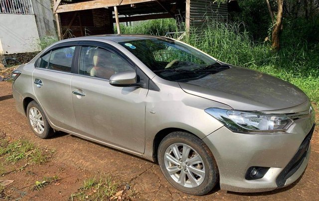 Cần bán xe Toyota Vios năm sản xuất 2015 còn mới, giá tốt3