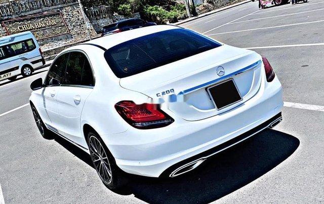 Cần bán gấp Mercedes C200 sản xuất 2019, đăng ký lần đầu 20202
