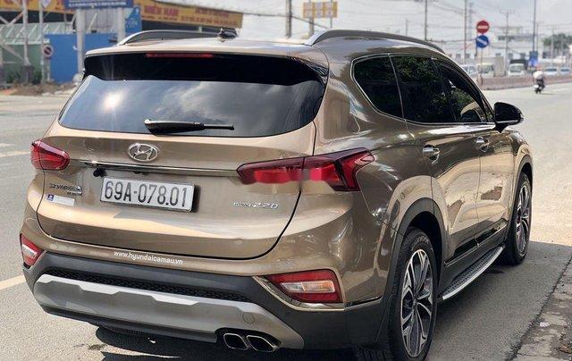 Bán Hyundai Santa Fe năm 2020, màu nâu, máy dầu cao cấp4