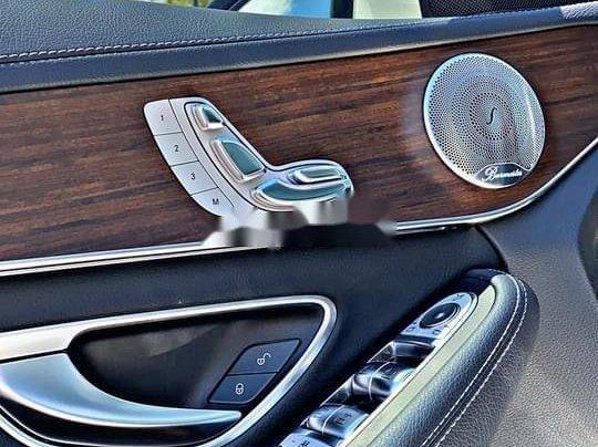 Cần bán gấp Mercedes C200 sản xuất 2019, đăng ký lần đầu 20206
