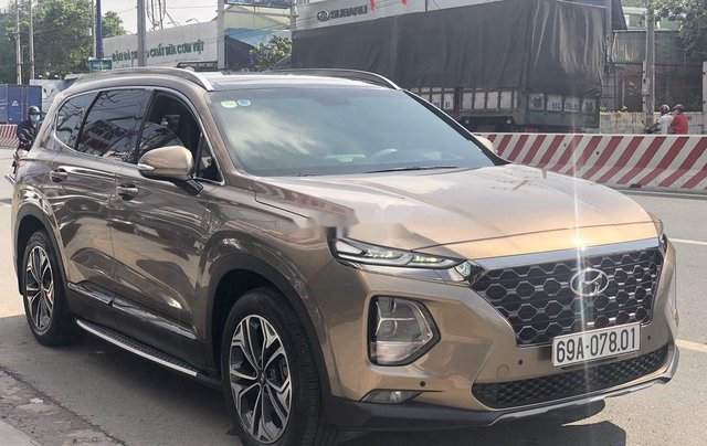 Bán Hyundai Santa Fe năm 2020, màu nâu, máy dầu cao cấp1