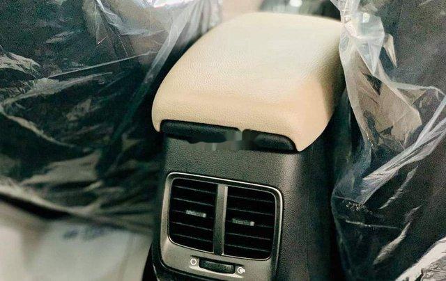 Cần bán xe Hyundai Accent năm sản xuất 2020 giá cạnh tranh4