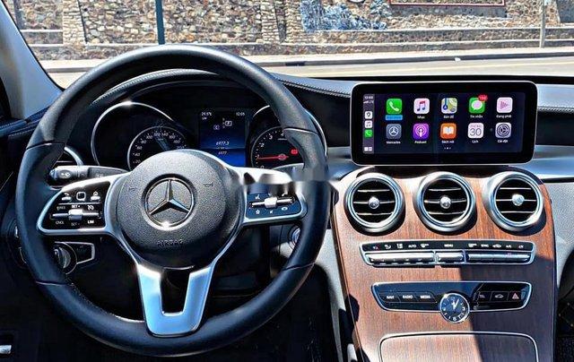 Cần bán gấp Mercedes C200 sản xuất 2019, đăng ký lần đầu 20204