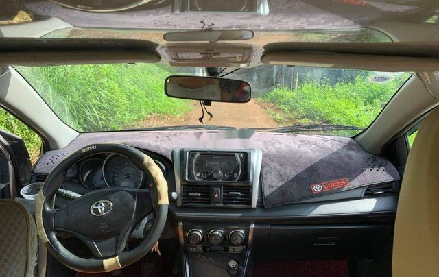 Cần bán xe Toyota Vios năm sản xuất 2015 còn mới, giá tốt5