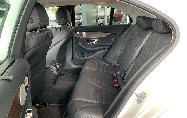 Mercedes C200 Exclusive trẻ trung - Năng động, xe sang giá tốt - Ưu đãi thuế4