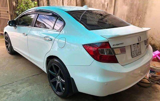 Bán xe Honda Civic 2.0 AT sản xuất năm 2013, màu trắng  1