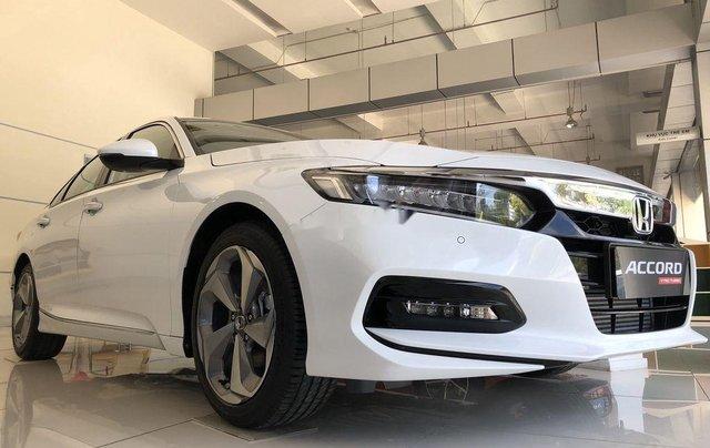 Bán Honda Accord sản xuất năm 2020, màu trắng, nhập, dòng xe đẳng cấp2