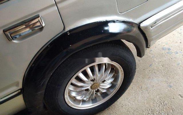 Cần bán Nissan Bluebird năm 1990, màu bạc8