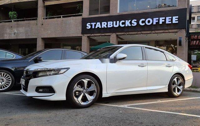 Bán Honda Accord sản xuất năm 2020, màu trắng, nhập, dòng xe đẳng cấp0
