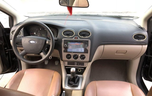 Cần bán Ford Focus sản xuất năm 2007, màu đen, nhập khẩu nguyên chiếc 6
