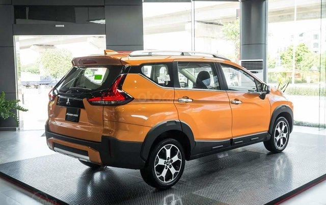 Mitsubishi Xpander Cross giá T12 giảm bất ngờ, cùng vô vàn khuyến mại phụ kiện1