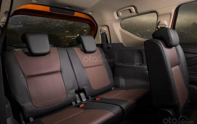 Mitsubishi Xpander Cross giá T12 giảm bất ngờ, cùng vô vàn khuyến mại phụ kiện2